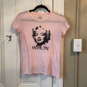 Marilyn Monroe pink graphic tee